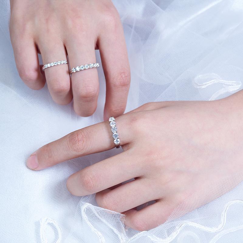 GIGAJEWE Total 0.3/0.7/1.5/ct 2.3/3/4mm Round Cut D VVS1 Moissanite 925 Silver Ring Diamond Test Passed Fashion Girlfriend Gift