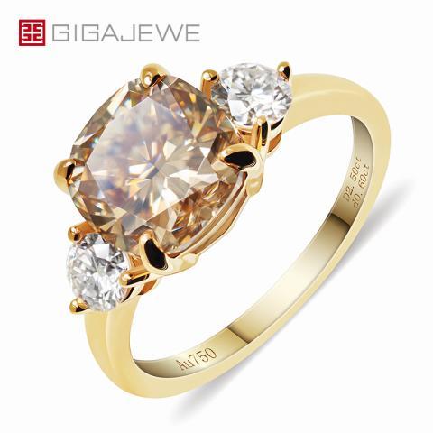 GIGAJEWE Total 3.1ct 8.5mm Yellowish Brown Color Moissanite VVS1 Cushion Cut 18K Yellow Gold Ring Jewelry Woman Girlfriend Gift