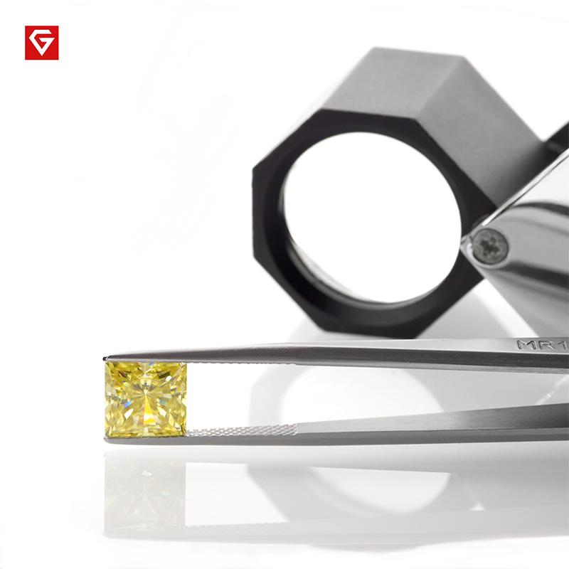 GIGAJEWE Customized Crushed Ice Princess Cut Vivid Yellow VVS1 Moissanite Loose Diamond Test Passed Gemstone For Jewelry Making